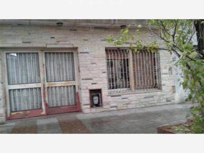 Casas En Venta En Emilio Lamarca Al 1100 En Villa Santa Rita