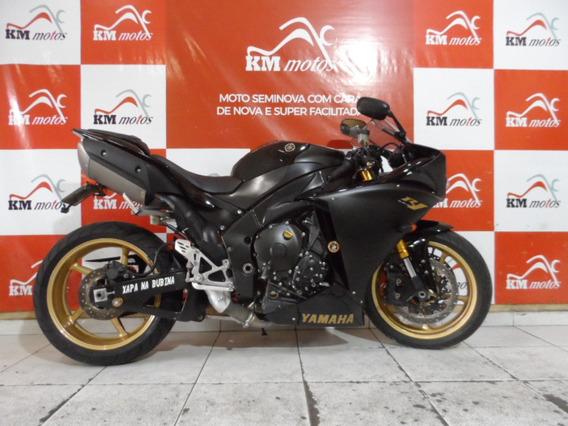 Yamaha R 1 Preta 2010