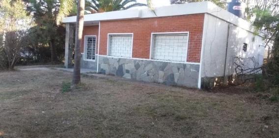 Hermoso Chalet En Lomas De Solymar.