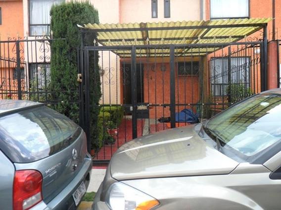 Casa En Venta En Magnolias 2000, Tultitlán, México.
