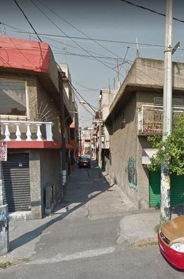 Excelente Inversión Casa En Alcaldía Iztacalco Remate Hipotecario