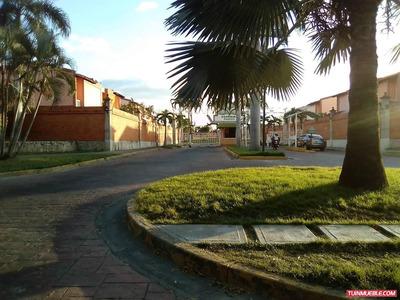 Hermosa Casa En Urb Araguama Country.