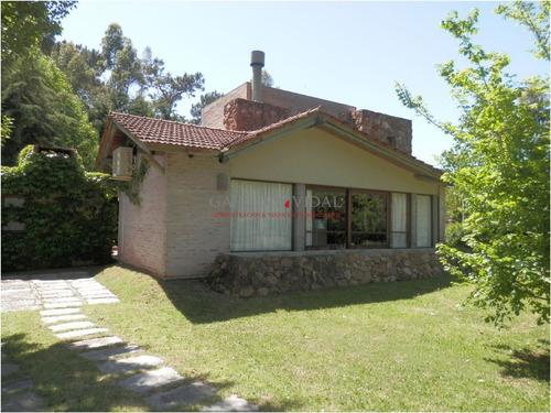 Alquiler Temporario De Casa 3 Dormitorios En Punta Del Este Rincon Del Indio- Ref: 2583