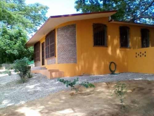 Venta De Casa En Puerto Escondido, Oaxaca.