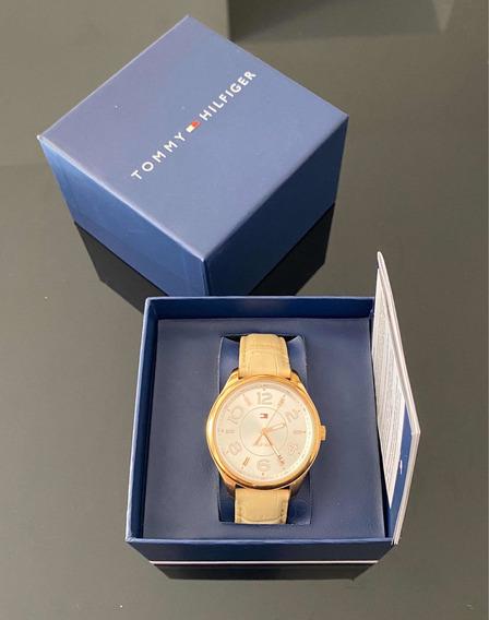 Relógio Tommy Dourado