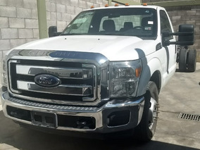 Ford E-350 Chasis 2012