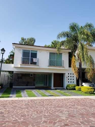 Casa En Renta En Santa Catalina, Zapopan