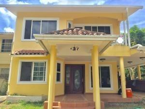 Casa Alquiler En Casa Clayton 19-11278hel* Clayton