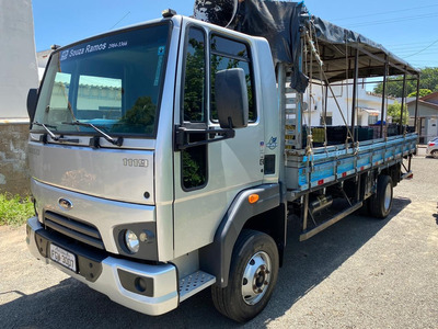 Ford Cargo 1119 2015 Super Novo