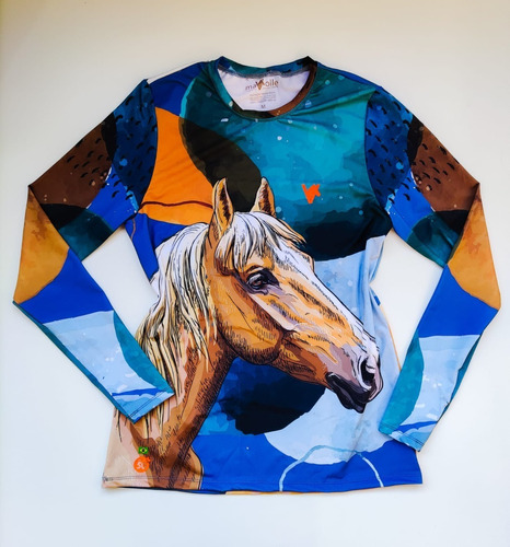 Imagem 1 de 3 de Camisa Proteção Solar Feminina Estampa Cavalo Azul