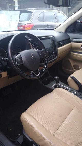 Mitsubishi Outlander Gt 3.0 4x4 V6 24v Gasolina Aut. 2016