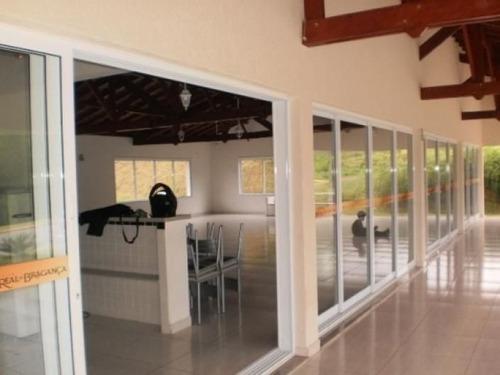 Imagem 1 de 6 de Condominio Villa Real De Bragança Lote Em Aclive 301 Mts