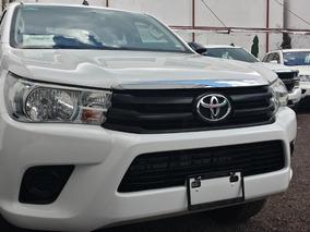 Toyota Hilux 2.7 Cabina Doble Base Mt