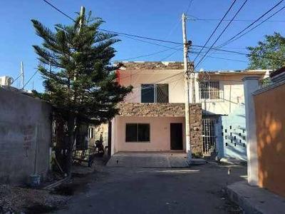 Casa En Venta, En Ciudad Del Carmen, Campeche, En Col. Migue