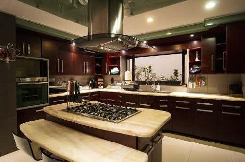 Se Vende Casa Con Ubicacion Privilegiada | Col. Real San Bernardo