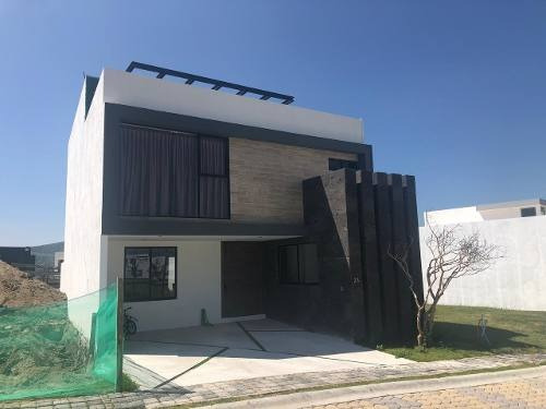 Venta Casa 4 Recamaras Parque Nayarit Lomas De Angelopolis