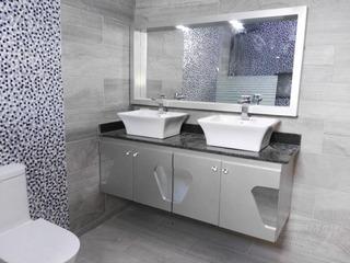 Diseño E Instalación Moderno Y Elegante Baño