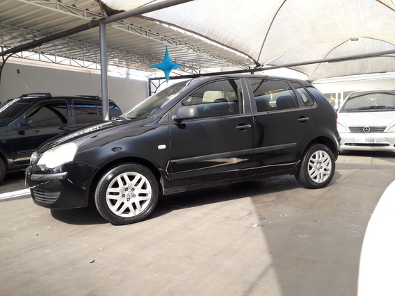 Volkswagen Polo 1.6 Comfortline Total Flex 4p