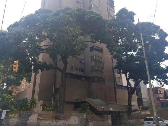 Apartamento En La Av. Romulo Gallegos. Boleita
