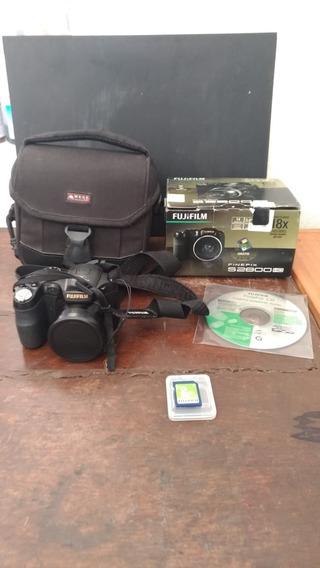 Máquina Semi Profissional Fujifilm - Finepix S2800 Hd