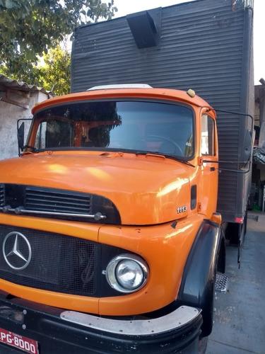 Imagem 1 de 4 de 1113 Truck Com Baú 7m