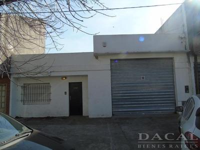 Depósito En Alquiler En La Plata Calle 527 E/ 20 Y 21 Dacal Bienes Raices