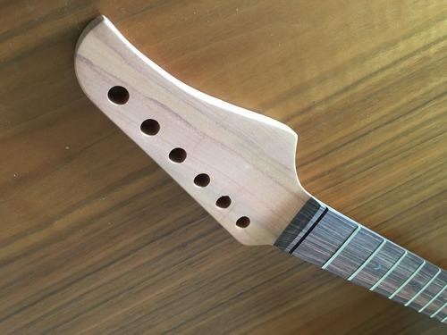 Imagem 1 de 7 de Braço Guitarra Modelo Suhr Em Peroba Rosa