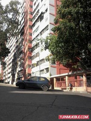 Apartamentos En Venta - Lomas De Urdaneta - 18-10605