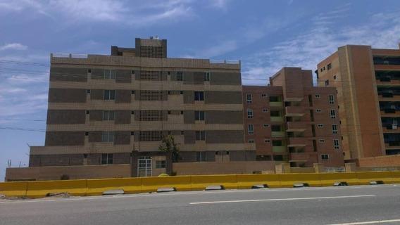 Espectacular Apartamento En Tucacas Res.puerto Arena