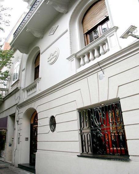 Edificio Comercial En Alquiler / Venta En Recoleta - Impecable