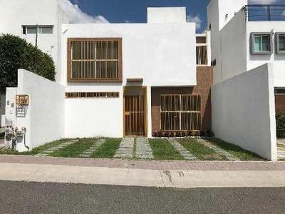 Casa En Venta Fracc. El Mirador El Marques A 5 Min. De B. Quintana