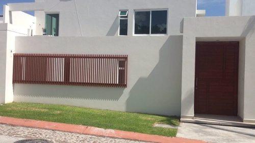 Hermosa Casa Residencial En Venta Ubicada En Vista Real