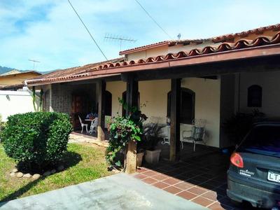 Casa Em Serra Grande, Niterói/rj De 306m² 4 Quartos À Venda Por R$ 480.000,00 - Ca214600