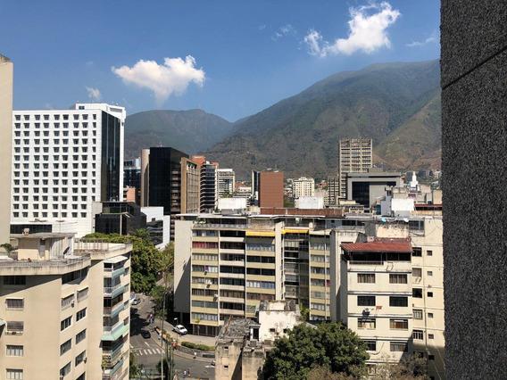 20-12380 Oficina El Altamira 0414-0195648 Yanet