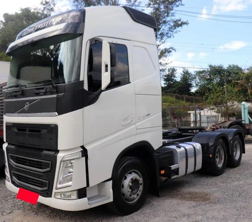 Imagem 1 de 9 de Volvo Fh 540 6x4 2019 - Branco - Com 150 Mil Km - Novo !!!