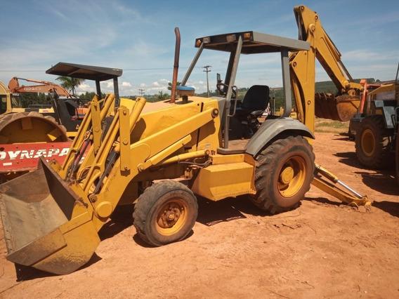 Retroescavadeira Case 580l 4x2 - Ano 2000