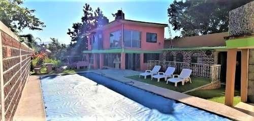 Casa Con Alberca Al Sur De Cuernavaca