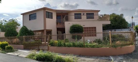 Alquilo Casa En Residencial Bhd, Bani.
