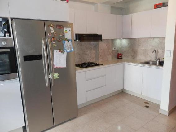 Apartamento En Venta Chucho Briceno Cabudare 21-1182 Mf