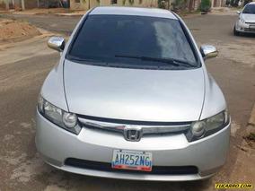 Honda Civic Emotion Lxs - Automática