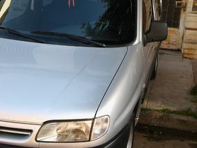 Peugeot Partner 1.4 Vidriada C/asientos