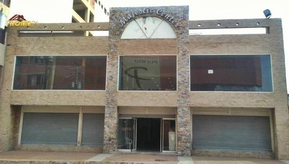 En Venta Centro Comercial, Casco Central Puerto La Cruz