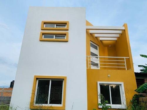 Casa Sola En Venta Col. Azteca