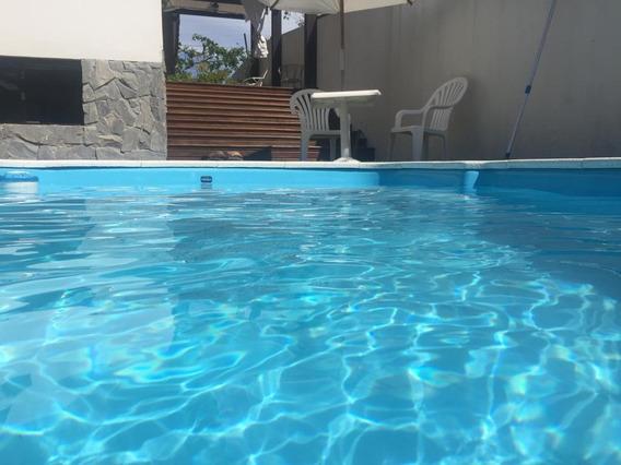 Casa Em Pântano Do Sul, Florianópolis/sc De 250m² 3 Quartos Para Locação R$ 650,00/dia - Ca318812