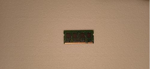 Imagen 1 de 1 de Memoria Ram Notebook 1gb Ddr2