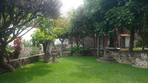 Venta De Casa Con Jardín En Cuautla Morelos