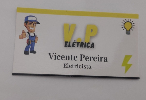 Imagem 1 de 3 de Carretos E Eletricista