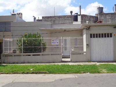 Alquilo Casa 2 Dormitorios,garage, Jardin, Patio, Parrillero