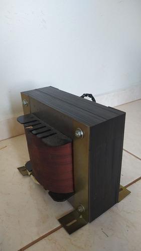 Imagem 1 de 3 de Vendo Transformador