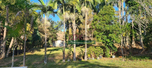 Imagem 1 de 17 de Sítio Com 2 Dormitórios À Venda, 387200 M² Por R$ 1.680.000 - Rocinha - Guaratinguetá/sp - Si0219